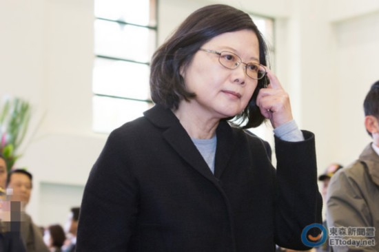 """连胜文讽蔡英文是""""转型姐""""将台湾转向发展停滞深渊"""