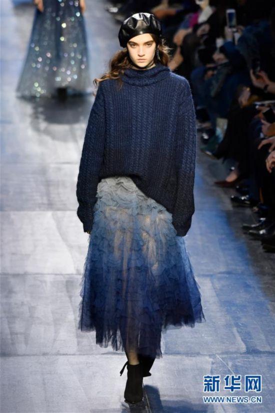 (国际)(3)巴黎时装周:Christian Dior发布秋冬新品