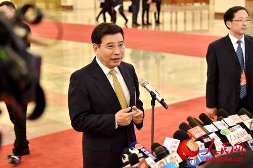 工业和信息化部部长苗圩。人民网记者翁奇羽 摄