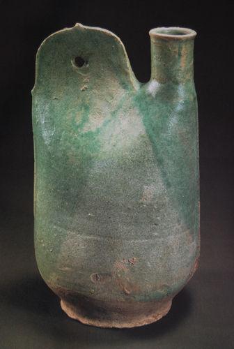 图4 辽绿釉鸡冠壶