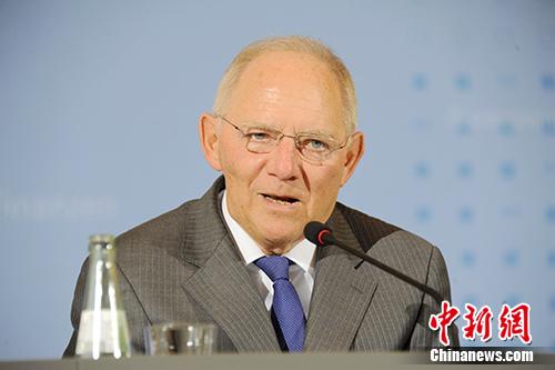 德国财政部长朔伊布勒向<a target='_blank'  data-cke-saved-href='http://www.chinanews.com/' href='http://www.chinanews.com/'>中新社</a>记者表示,德国愿延续与中国在G20框架下的良好合作。他同时表示,德国继续欢迎中国企业赴德国和欧洲投资。 <a target='_blank'  data-cke-saved-href='http://www.chinanews.com/' href='http://www.chinanews.com/'>中新社</a>记者 彭大伟 摄