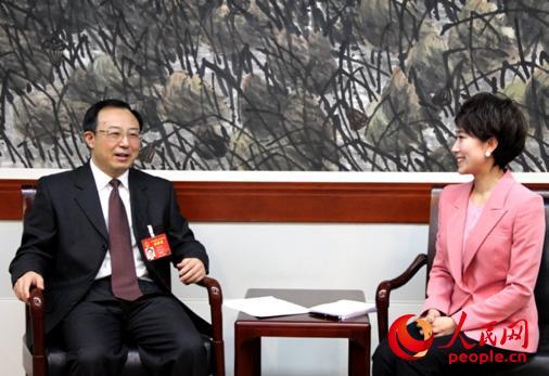 全国人大代表、江苏省委副书记、南京市委书记吴政隆接受人民网专访。(人民网记者吴纪攀摄)