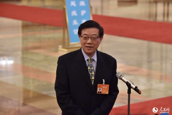 国务院发展研究中心主任李伟:中国经济增长大幅下滑风险明显降低