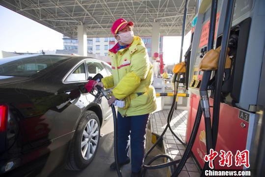 国内成品油价调整或因幅度不足50元/吨搁浅