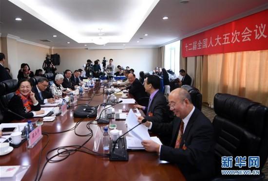 (两会)澳门代表团全体会议向媒体开放
