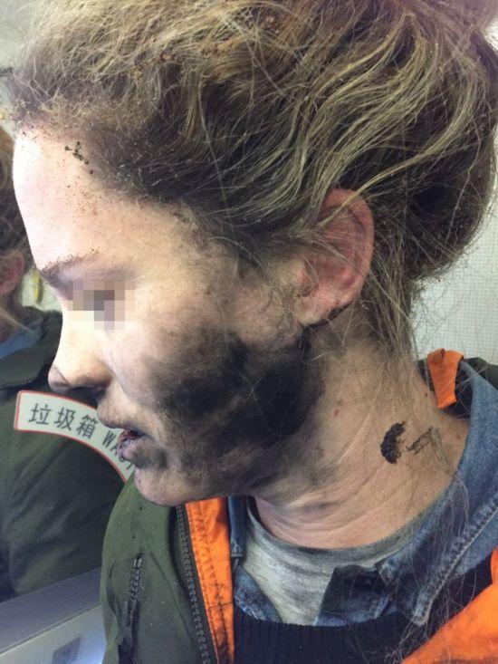 耳机飞机上爆炸!北京飞墨尔本一女子空中惊魂
