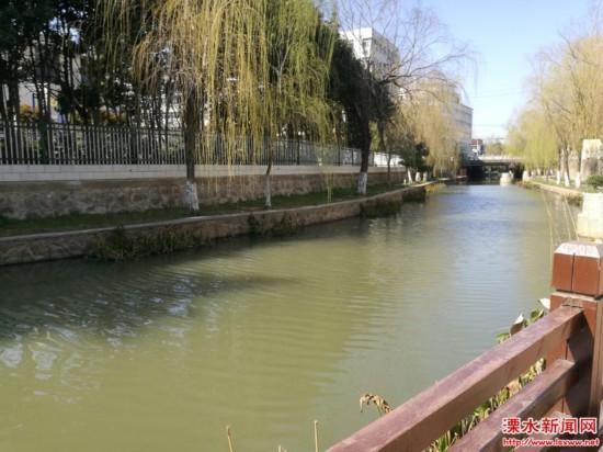 """南京溧水南门河告别""""黑臭河""""形象 成景观河"""