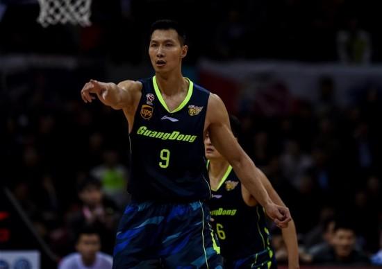 (体育)(1)篮球――CBA半决赛第四场:深圳负广东