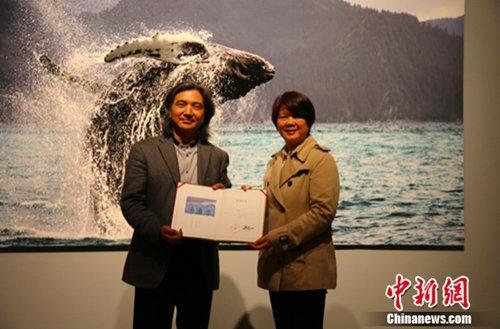 《心之骛:王新妹的自然观》摄影作品被中国美术馆收藏