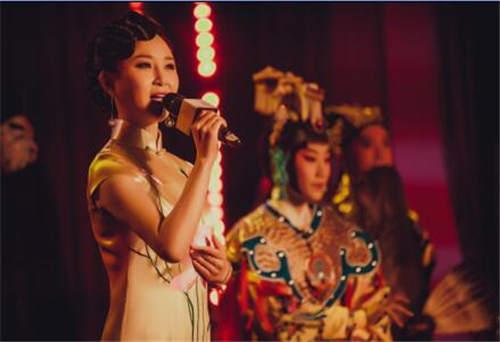 储兰兰携新京剧唱响北京 古诗与京剧完美融合