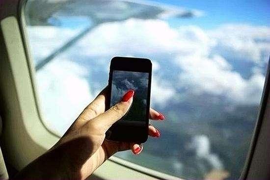 美将禁部分航线乘客随身携电子设备进机舱 尺寸要小于手机