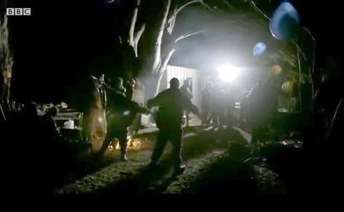 """BBC再陷""""造假门"""":纪录片中派对现场实为守灵夜"""
