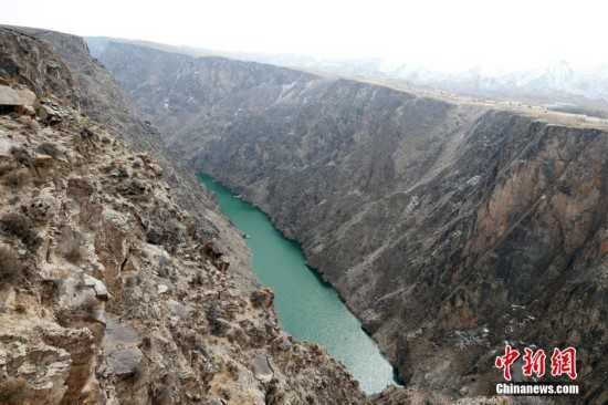 中国科罗拉多大峡谷――青海龙羊峡