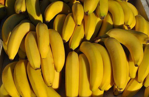 揭香蕉鲜为人知的功效:1香蕉治8病