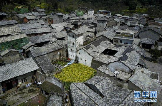 独特的屯堡古建筑村落――贵州本寨古村(组图)