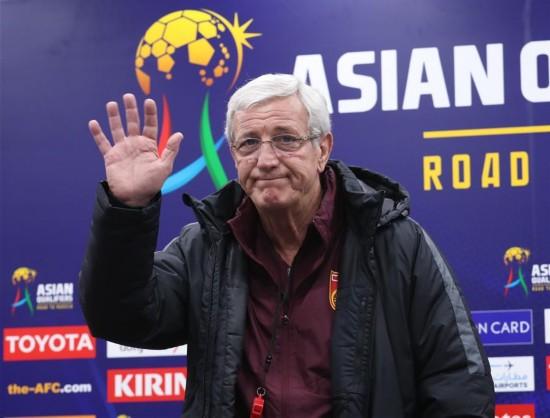 (体育)(1)足球――世预赛:中国队举行赛前新闻发布会