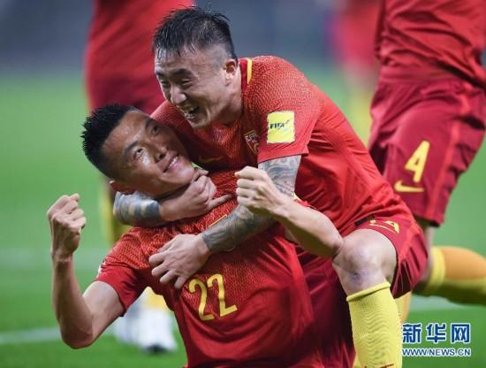 国足赢了!中国队1:0战胜韩国队 于大宝一粒进球险胜