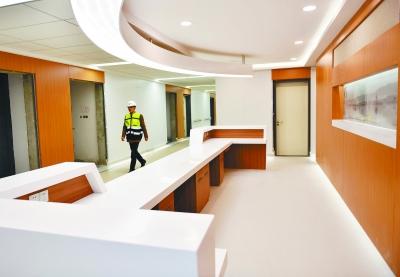南京南部新城医疗中心正进行内部装潢