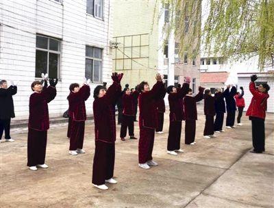 南通海门太极拳健身培训送进村 助全民健身