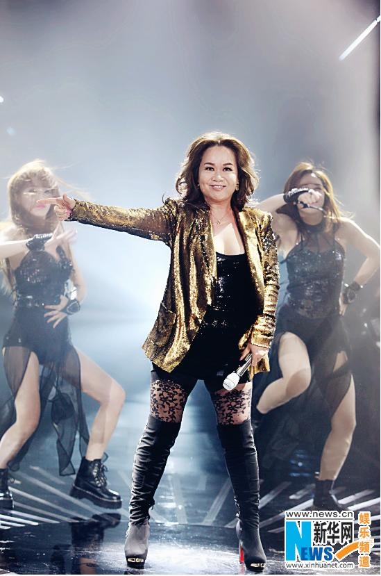 《歌手》突围赛杜丽莎回归 60岁劲歌热舞热情高涨
