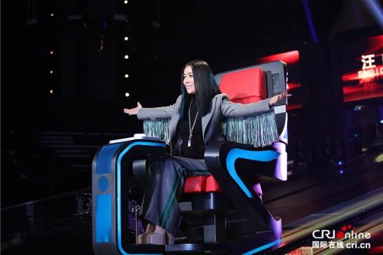 第二季《中国新歌声》公布第三位导师 那英稳坐战车