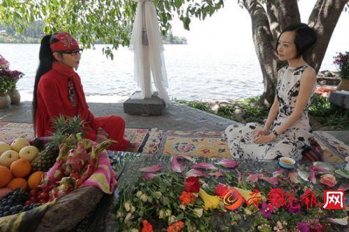 鲁豫拜访杨丽萍私宅 聊感情称自己从不感性盲目
