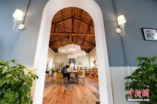 安徽百年老建筑变身综合性书店