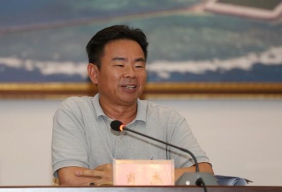 肖杰:加强组织、党建工作 保证维权建设发展