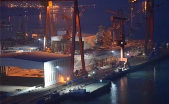 印媒:中国国产航母建造速度惊人 印落后太多