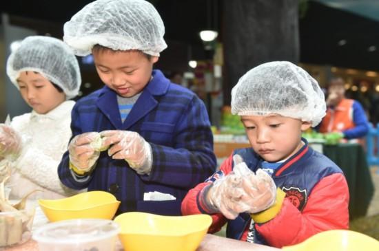 体验清明民俗 感知节日传统