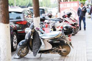 昆明:广福中华美食城脏乱差烦扰住户
