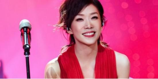 林忆莲远胜过张杰     不可否认,张杰是一个优秀的歌手.图片