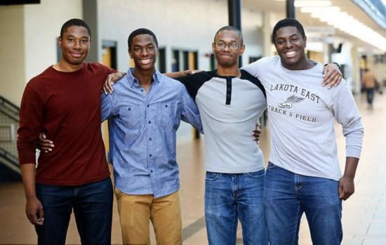 厉害了!四胞胎同时被哈佛耶鲁录取 还被许多常青藤大学录取