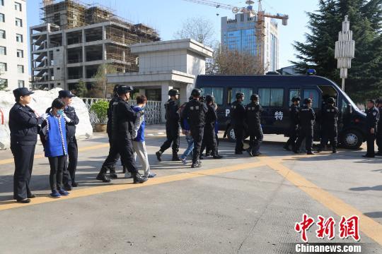 陕西铜川警方破获一起电信诈骗案涉及受害人百余人