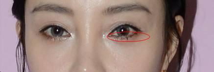 """李小璐倪妮""""睫毛结块妆""""让目光像闪电,睫毛膏干了也是宝!"""
