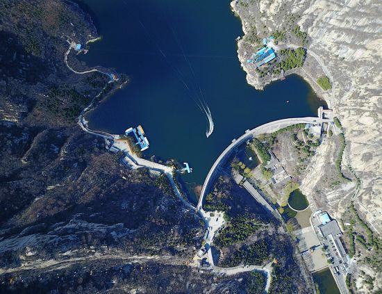 这是3月27日拍摄的怀柔青龙峡。新华社记者 罗晓光 摄