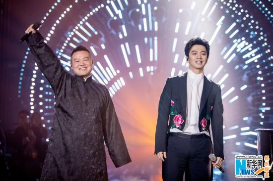 李健《歌手》决赛岳云鹏帮帮唱 作品比名次重要