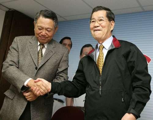 萧万长站台詹启贤 呼吁党员勿靠渊源派系请托投票