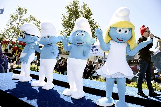 The first exposure of Smurfs: look for mysterious village smurfette