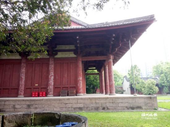 福州千年华林寺闭门修缮屋面 主要解决大殿渗漏问题