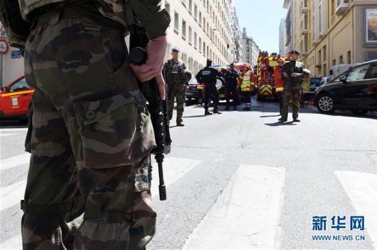 法国安全部门大选前夕挫败一起恐袭图谋