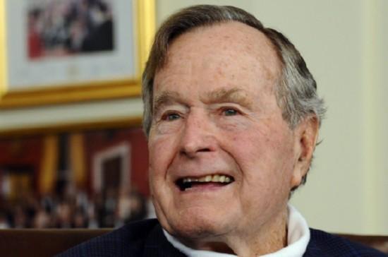 美国前总统老布什因肺炎复发入院就医 目前状况稳定