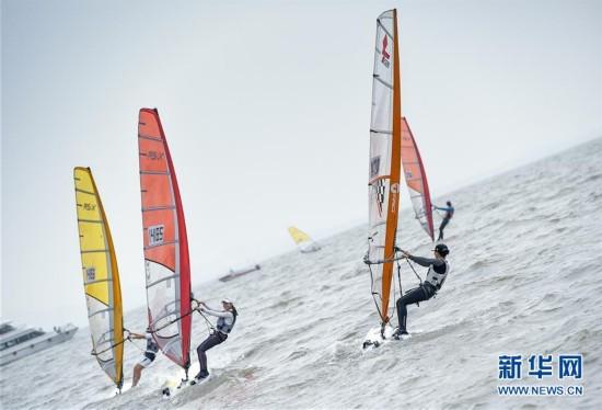 中国青年帆船帆板精英赛暨全国op帆船锦标赛开赛