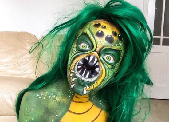 英女子因人体艺术重塑自我 曾因不满外表欲自