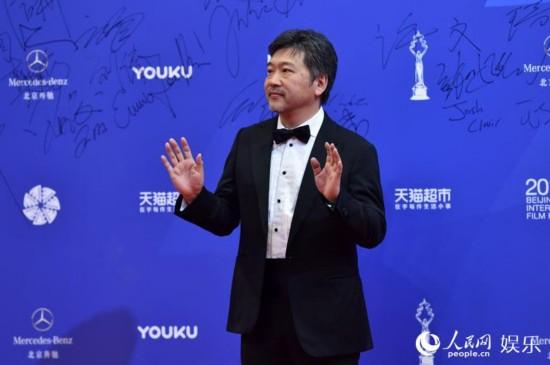 日本导演是枝裕和 人民网记者翁奇羽摄