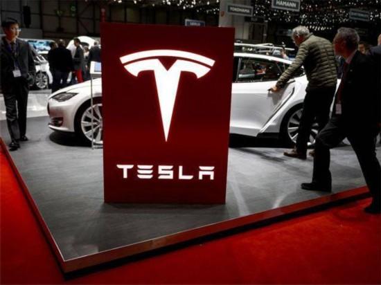 特斯拉汽车公司因汽车刹车系统隐患 将在全球范围内召回5.3万辆电动汽车
