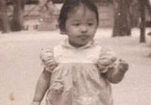 韩红罕见青涩旧照曝光 见过这么瘦的她吗?