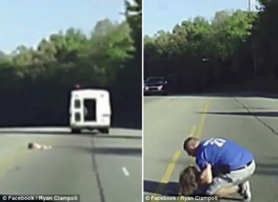 惊险一刻!美4岁女童从车窗跌落幸得后车司机相救