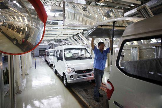 中国汽车销量2025年预计达3500万