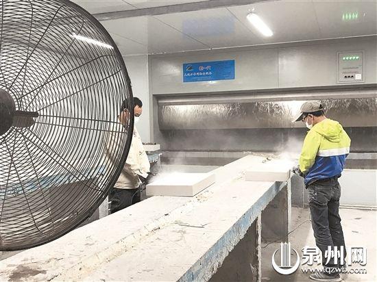 企业采用新一代大吸力车间除尘设备